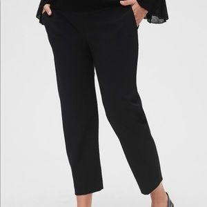 Gap maternity crop pants; Size 12R